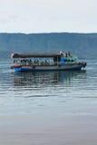 Озеро Toba шлюпк Стоковые Фотографии RF