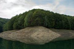 Озеро Vidraru стоковые фото
