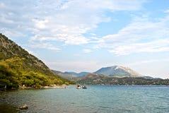 Озеро Vouliagmeni Стоковая Фотография