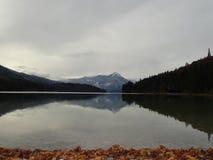 Озеро Walchensee в осени Стоковые Изображения