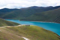 Озеро Yamdrok Стоковая Фотография RF