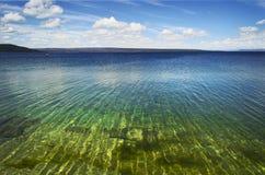 озеро yellowstone стоковое фото