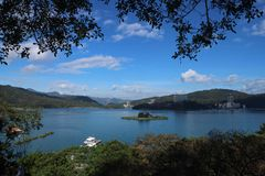 Озеро Yuchi Nantou County Тайвань лун Солнца стоковая фотография rf