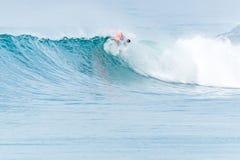 Океанская волна Bodyboarder занимаясь серфингом Стоковая Фотография RF
