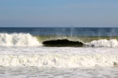 Океанская волна с скручиваемостью Стоковые Изображения RF
