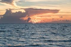 Океан на заходе солнца Стоковое Изображение RF
