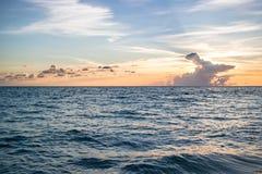 Океан на заходе солнца Стоковое Изображение
