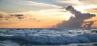 Океан на заходе солнца Стоковое фото RF