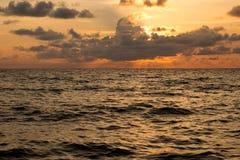 океан над заходом солнца Стоковое фото RF