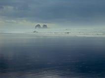 Океан на мглистый день Стоковая Фотография