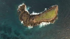 океан острова утесистый сток-видео