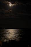 океан полнолуния сверх стоковые изображения