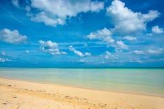 океан пляжа песочный Стоковые Изображения RF