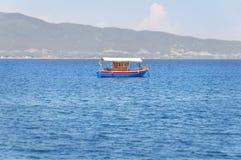 Океан рыбацкой лодки и открытого моря Стоковые Фото