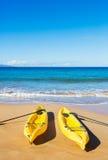 Океан сплавляться на солнечном пляже Стоковое фото RF