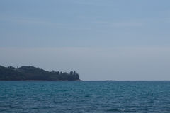 Океан штиля на море и голубое небо Стоковые Фотографии RF