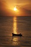 океан 3d представляет заход солнца Стоковая Фотография RF
