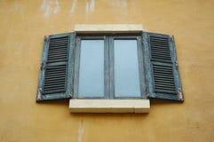 окна деревянные Стоковое Изображение