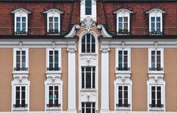 окна дома старые белые Стоковые Фото