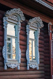 Окна дома в деревне с отделками, Palekh, зоной Владимира, Russi Стоковые Изображения