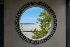 Окна стены галереи моста Fairy острова озера Yuantouzhu Taihu озера Wuxi Taihu Fairy Стоковое Фото