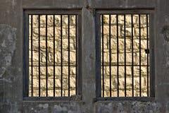 окна тюрьмы штанг Стоковые Фото
