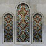 Окна цветного стекла христианской церков иллюстрация вектора