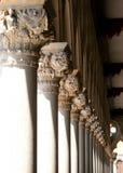 окно белизны сбора винограда стула нутряное близкое Стоковые Фотографии RF