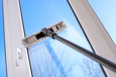 Окно винила чистки скребка пластичное Стоковое Изображение RF