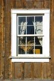 Окно в город-привидении стоковое изображение rf