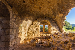 Окно в руинах старого арабского дома Стоковое Изображение