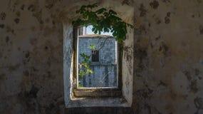 Окно в старом форте стоковая фотография rf