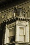 окно залива богато украшенный Стоковые Изображения