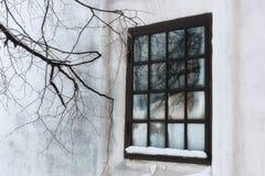 Окно зимы старое ретро внешнее Стоковая Фотография