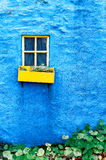 Окно коттеджа, Kinsale, пробочка Ирландия графства Стоковая Фотография