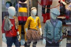окно магазина детей стоковое изображение