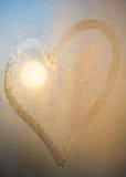 окно поверхности сердца падений росы Стоковое Фото