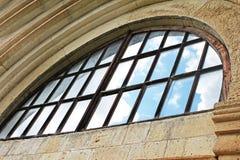 Окно старого правоверного монастыря Gelati около Kutaisi - Georgia стоковое изображение