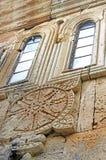 Окно старого правоверного монастыря Gelati около Kutaisi - Georgia стоковое фото
