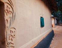Окно традиционной сделанной глины фото дома стоковое изображение rf