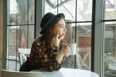 окно liberec девушки замока предпосылки Стоковые Изображения RF