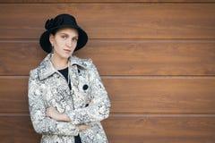 около женщины стены Стоковая Фотография RF