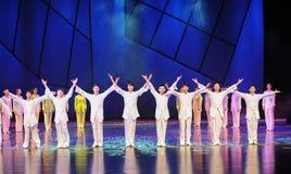 Окончательная драма танца поступка- сказание героев кондора Стоковые Изображения
