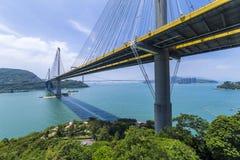 Окрашивайте мост Kau Гонконга стоковые фотографии rf