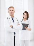 2 доктора в больнице Стоковое Изображение