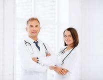 2 доктора с стетоскопами Стоковые Фото