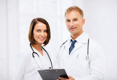 2 доктора с стетоскопами Стоковое Изображение RF