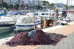 Октябрь 2017, Ciutadella, Minorca Солнечный день в одном из Балеарских островов Стоковые Фотографии RF