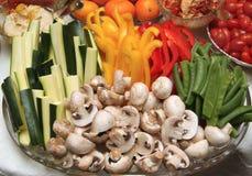 окунать свежие овощи Стоковые Изображения RF