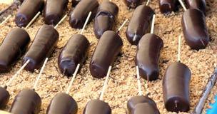 окунутый шоколад бананов Стоковое Фото
